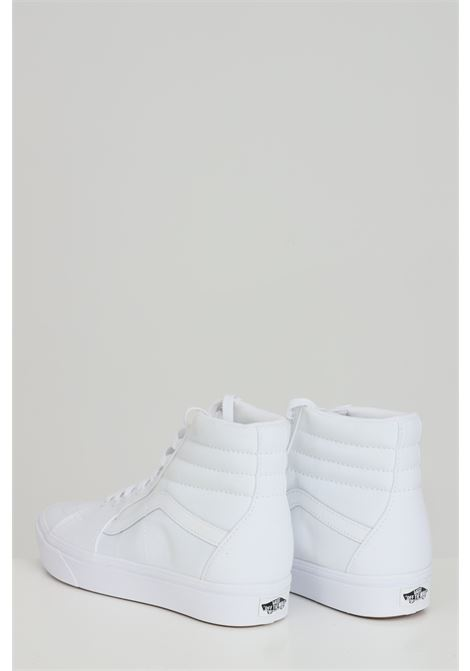 White sneakers in solid color with tone on tone logo, closure with laces, boot model. Vans  VANS | Sneakers | VN0A3WMBVNG1VNG1