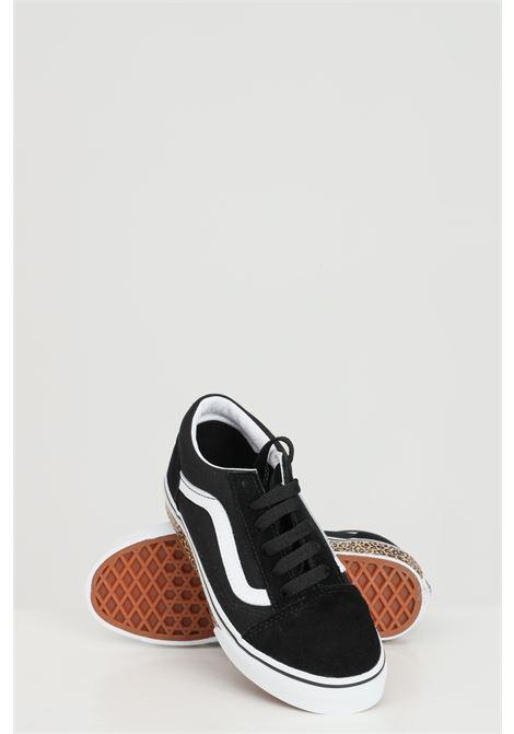 Sneakers bambina nero Vans con stampa animalier sulla suola, tinta unita e logo laterale a contrasto, chiusura con lacci VANS | Sneakers | VN0A4BUU32M132M1