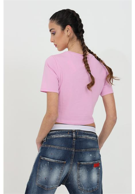 Pink t-shirt in solid color with small front logo in contrast, short cut. Short sleeve. Vans   VANS | T-shirt | VN0A54QU0FS10FS1