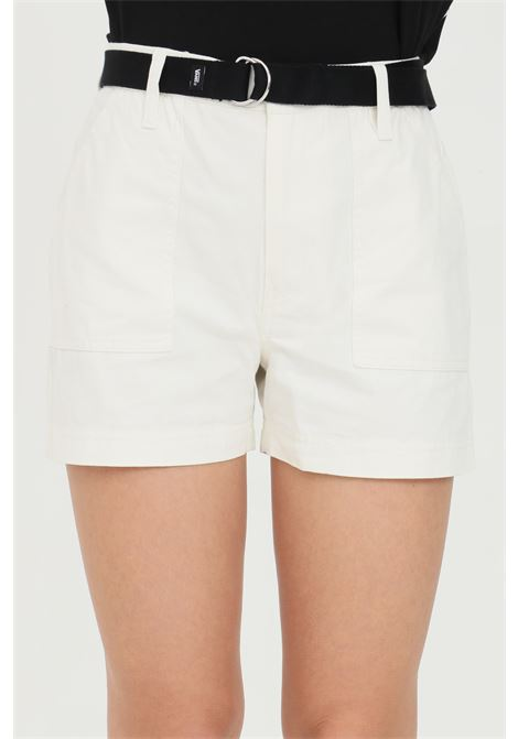 Shorts clark donna bianco vans casual con cintura in vita e tasche laterali VANS | Shorts | VN0A5DN3FS81FS81