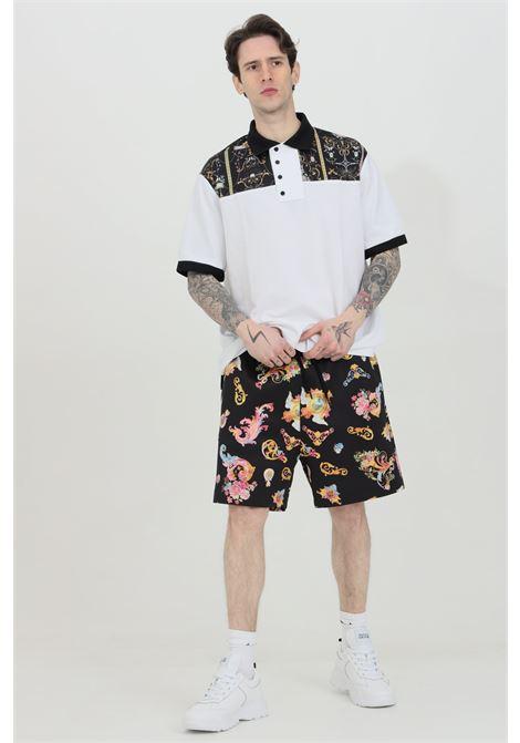 Shorts uomo a fantasia Versace Jeans Couture casual con molla in vita e stampa pattern nera VERSACE JEANS COUTURE   Shorts   A4GWA122S0999899