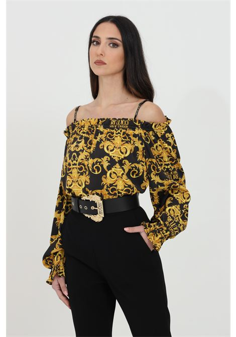 Black blouse with baroque print. Spring at the bottom and at the neckline. Off shoulders. Comfortable model. Brand: Versace Jeans Couture VERSACE JEANS COUTURE | Blouse | B0HWA623S0990899