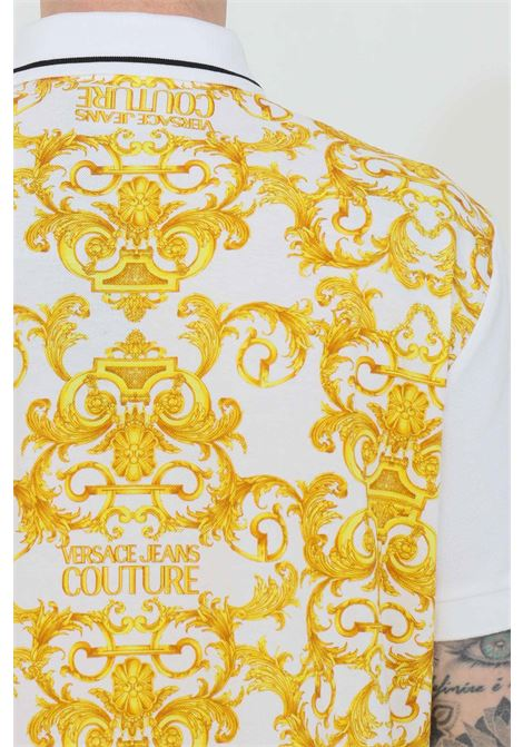 White polo shirt with baroque pattern and collar with buttons. Brand: Versace jeans couture VERSACE JEANS COUTURE | Polo Shirt | B3GWA722S0154003