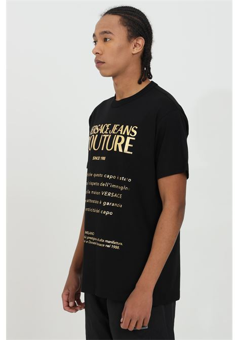 T-shirt uomo nera versace jeans couture manica corta con maxi stampa oro frontale VERSACE JEANS COUTURE | T-shirt | B3GWA7VT30319K42