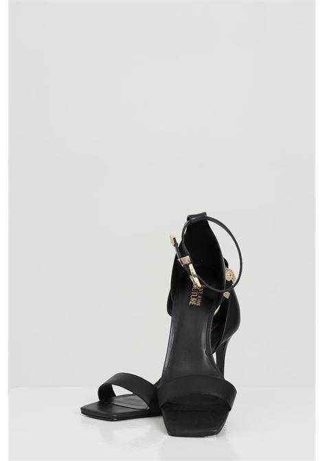 Sandali donna neri versace jeans couture aperti con fibbia regolabile VERSACE JEANS COUTURE | Party Shoes | E0VWAS7071977899