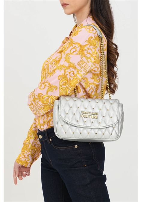 Silver bag with chain shoulder strap and gold logo. Magnet closure. Versace jeans couture VERSACE JEANS COUTURE   Bag   E1VWABQ171881900