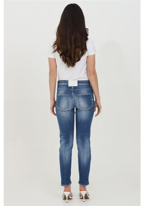 Jeans with zip and button closure, slim model with medium waist. Vicolo VICOLO | Jeans | DH0037JEANS