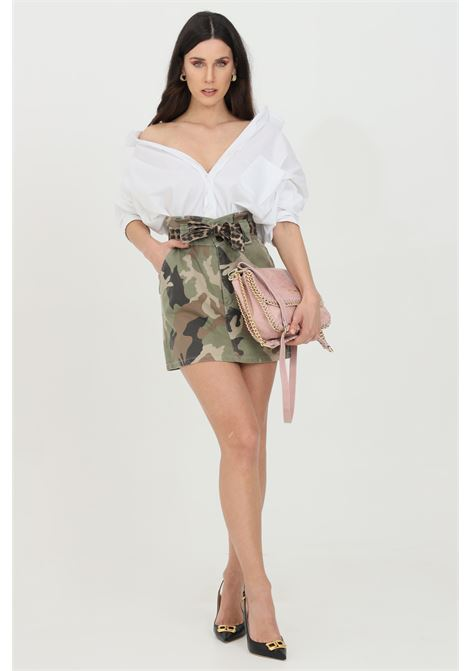 Military skirt with curly and animalier belt at the waist. Short model without lining. Vicolo VICOLO | Skirt | DH0091MILITARE