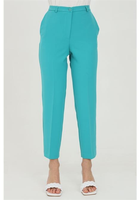 Green pants with side pockets, zip and button closure. Vicolo VICOLO | Pants | TH0007VERDE