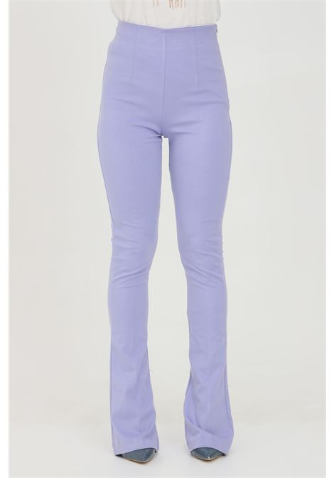 Lavanda pants with high waist and wide bottom. Closure with side zip. Slim model. Vicolo VICOLO | Pants | TH0141VIOLA