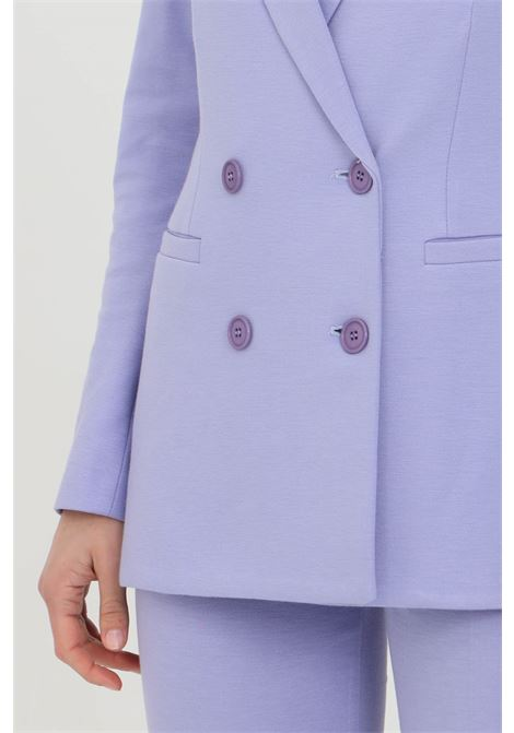 Lilac jacket, classic double-breasted model with long sleeves and front buttons and side pockets. Vicolo VICOLO | Blazer | TH0322VIOLA