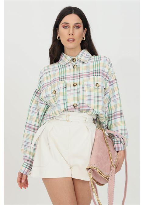 Camicia donna multicolor Vicolo casual con bottoni frontali e colletto regular. Manica lunga ampia, fondo asimmetrico VICOLO | Camicie | TH0510MULTICOLOR