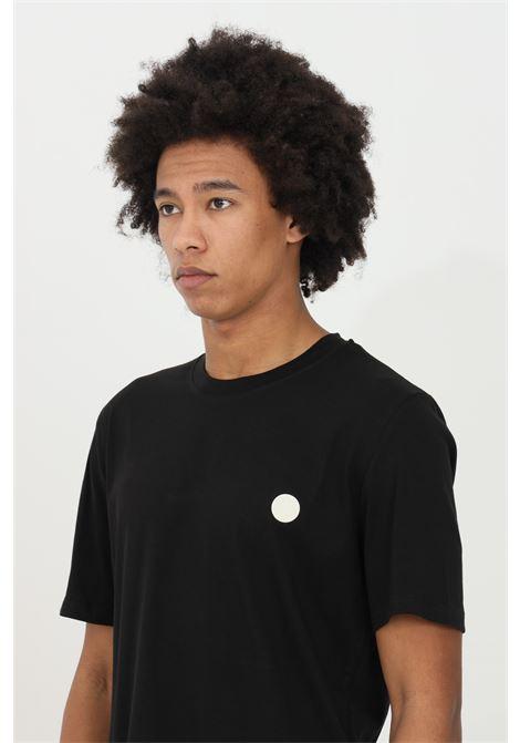 T-shirt uomo nera yes london a manica corta girocollo con stampa sul retro. Modello comodo con logo frontale YES LONDON | T-shirt | XM3850NERO