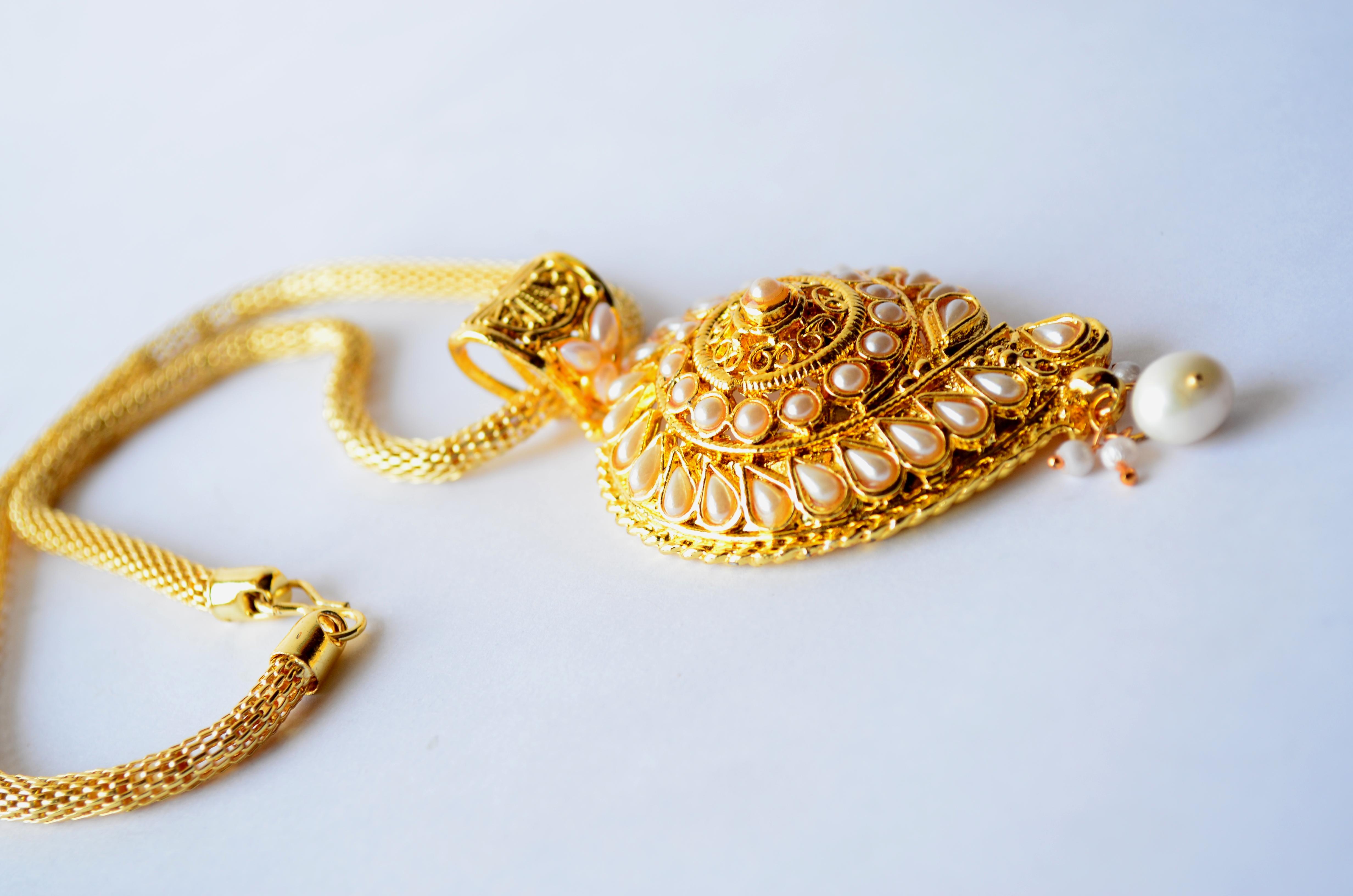 Necklace Gold Ornaments : Public Domain Pictures