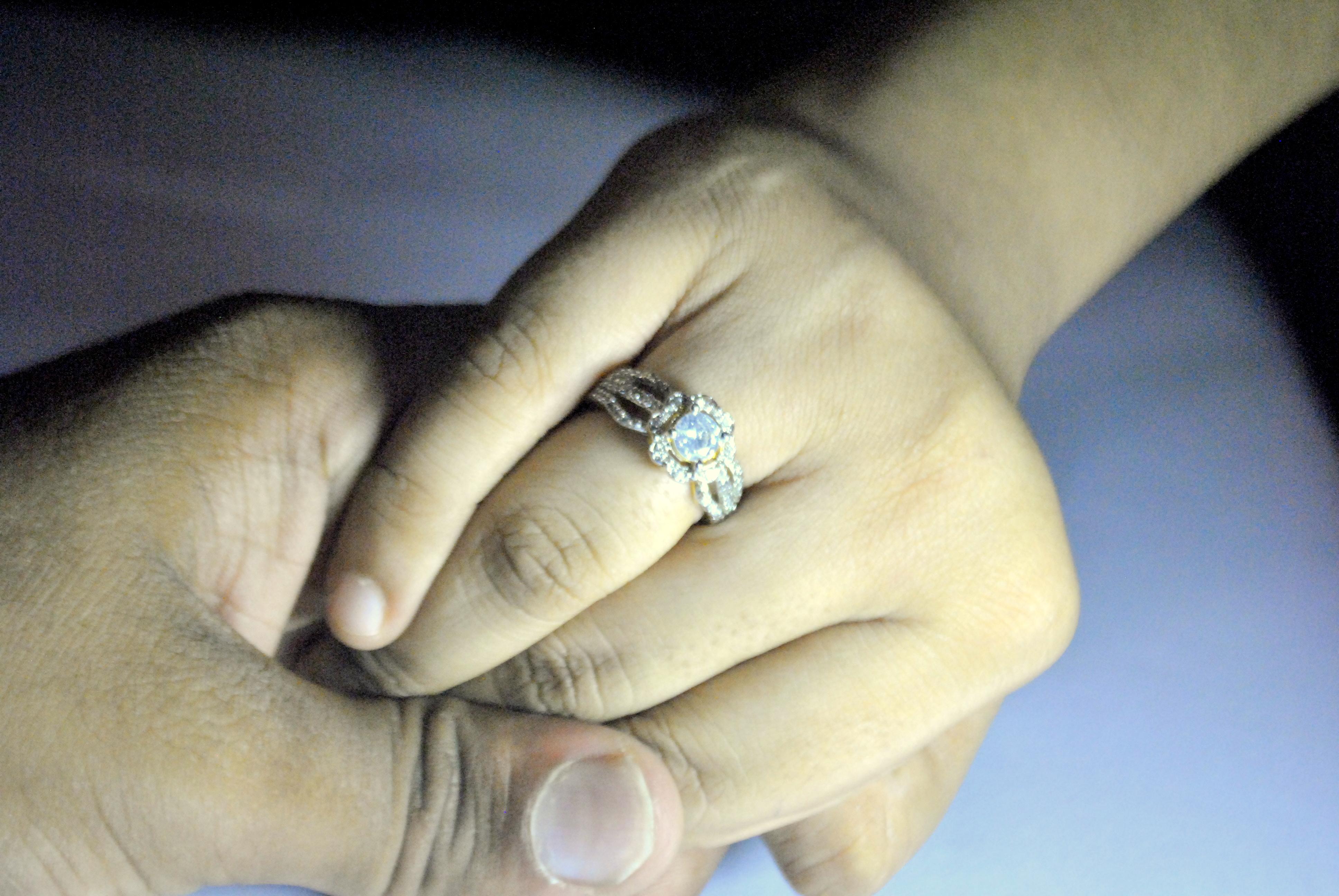 Couple Hands Ring : Public Domain Pictures