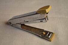 Stapler - Public Domain Pictures