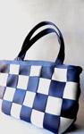 2602-handbag-woman - Public Domain Pictures