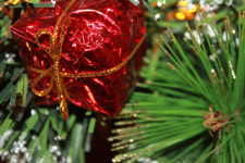 Gift Present Christmas Decoration - Public Domain Pictures