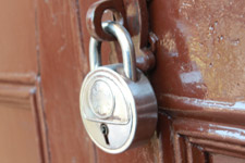 30-door-lock - Public Domain Pictures