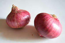 Two Onions Vegetables - Public Domain Pictures