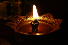 407-diya-lamp-flame-hinduism - Public Domain Pictures