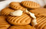 Biscuits Cashews - Public Domain Pictures