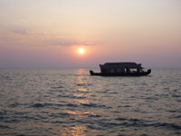 523-sunset-sea-view-boat-houseboat - Public Domain Pictures