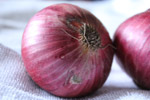 809-two-onions - Public Domain Pictures