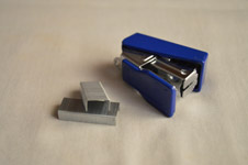 91-blue-stapler - Public Domain Pictures