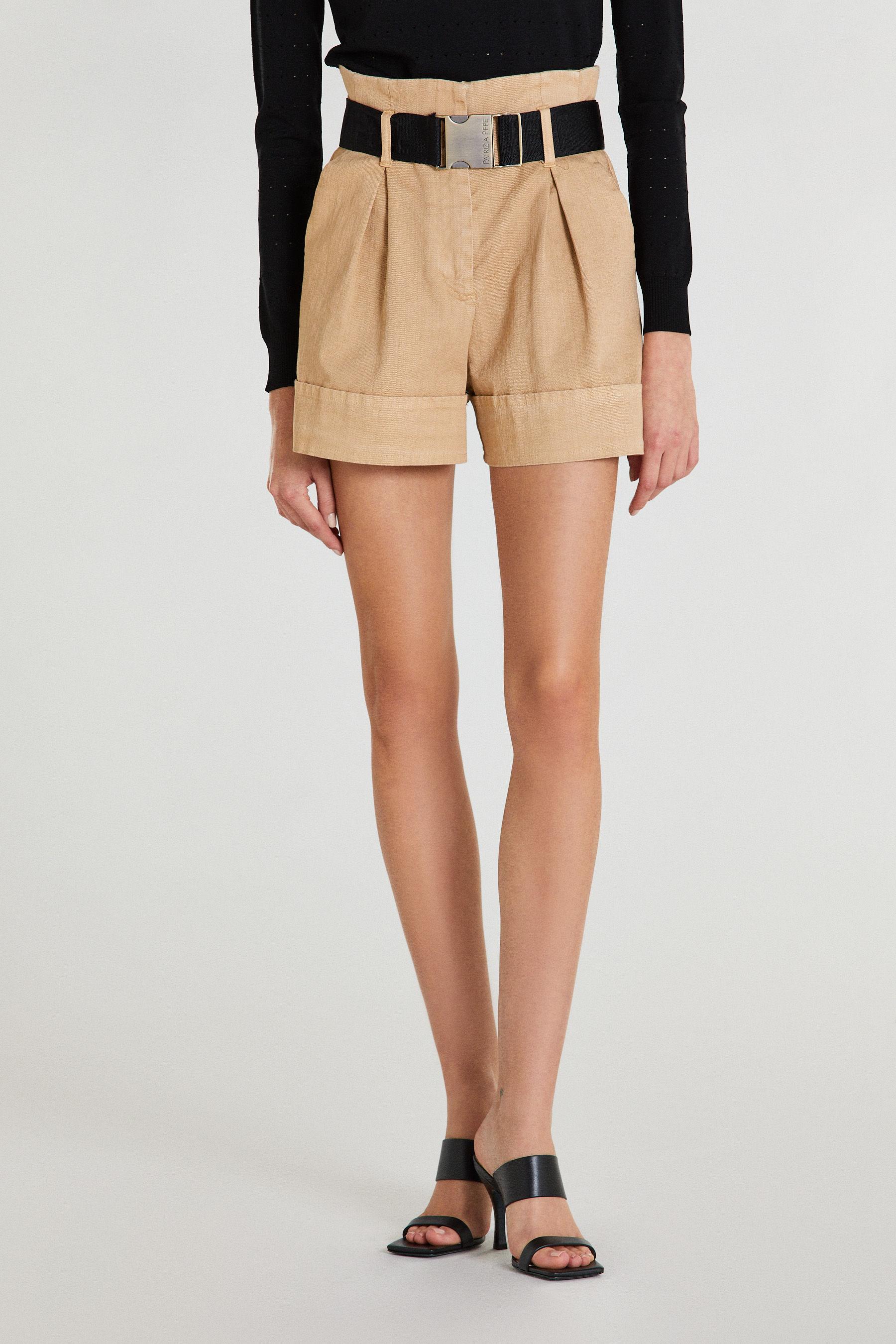 Shorts con cintura Patrizia Pepe PATRIZIA PEPE | Shorts | 8P0322-A8S1B699