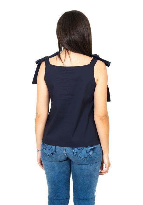 Top VERY SIMPLE | Top | 113PO04