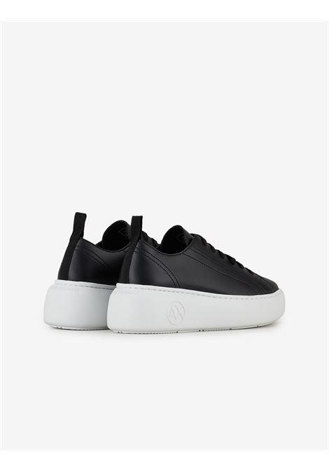 Sneaker in pelle Armani Exchange ARMANI EXCHANGE | Scarpe | XDX043-XCC6400002