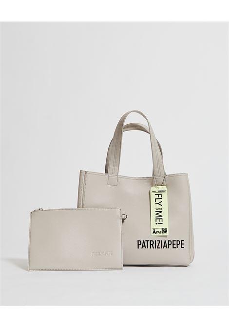 Shopping bag con pochetta interna PATRIZIA PEPE | Borsa | 2VA060-A4U8S619