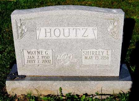 HOUTZ, SHIRLEY L. - Juniata County, Pennsylvania | SHIRLEY L. HOUTZ - Pennsylvania Gravestone Photos