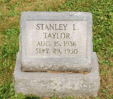 TAYLOR, STANLEY L. - Juniata County, Pennsylvania | STANLEY L. TAYLOR - Pennsylvania Gravestone Photos