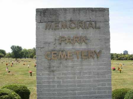 CEMETERY SIGN, MEMORIAL PARK - Northampton County, Pennsylvania | MEMORIAL PARK CEMETERY SIGN - Pennsylvania Gravestone Photos