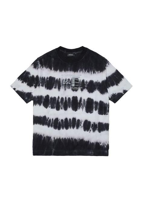 T-shirt con fantasia tie dye