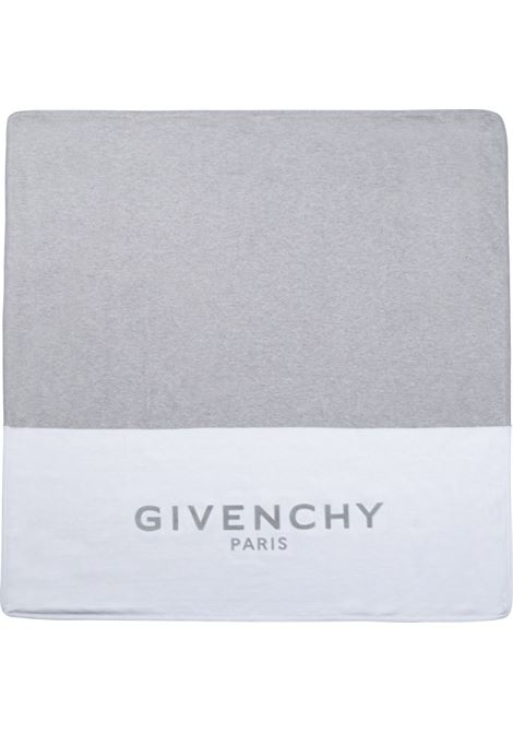 Two-tone blanket GIVENCHY KIDS | H90092N00