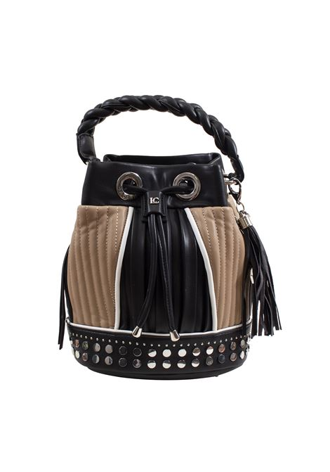 Bucket bag in faux leather with studs, applications and feathers LA CARRIE | Bags | E-640-EP05