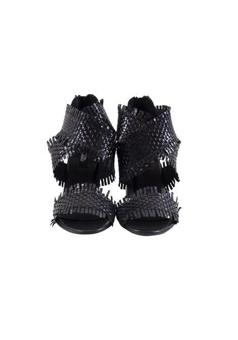 Sandalo in pelle intrecciato e sfrangiato MIMMU | Scarpe | 567Z001