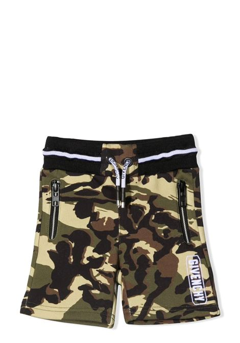 BERMUDA SPORTIVO CON STAMPA CAMOUFLAGE GIVENCHY KIDS | Bermuda | H0409964H