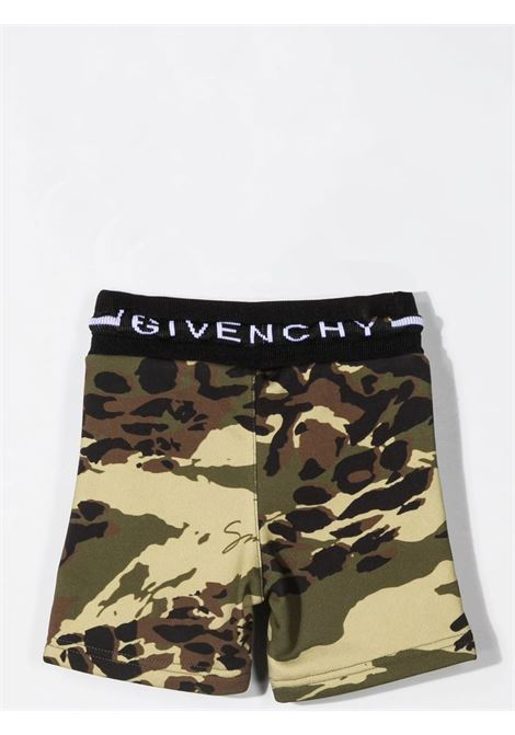 SPORTY BERMUDA WITH CAMOUFLAGE PRINT GIVENCHY KIDS | H0409964H
