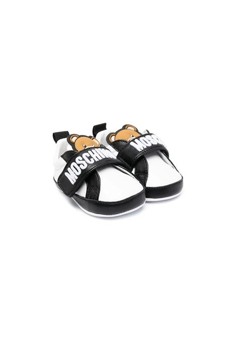 SNEAKERS CON STAMPA MOSCHINO KIDS | Sneakers | 673393