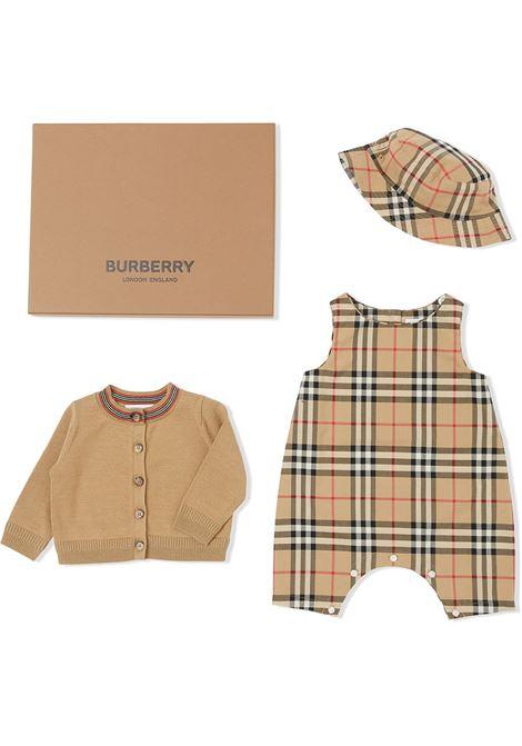 Three- piece Burberry kids  BURBERRY KIDS | 5032255 | 8038457A7028