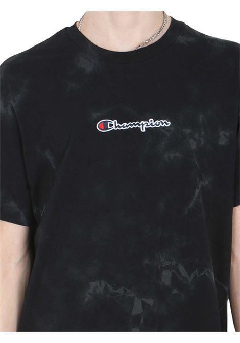 T-SHIRT UOMO CHAMPION | T-shirt | 216164NBK