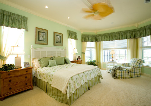 american traditional bedroom