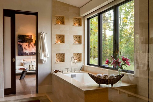 Beautiful Bathroom With Candle Light