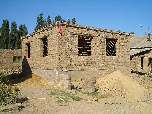 Milyanfan-adobe-brick-house-8040