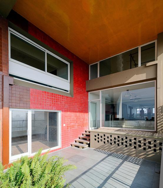 Urban Sprawl and Architecture