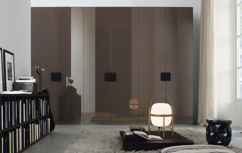 Which is perfect for your home Sliding Wardrobe vs. Hinged Wardrobe